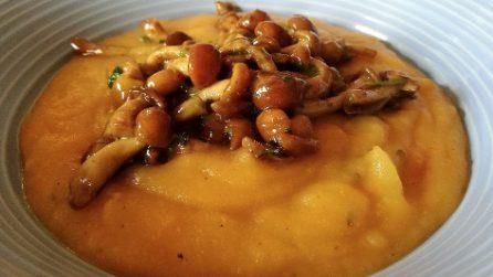 Vellutata di patate, zucca e funghi: un piatto ricco e gustoso