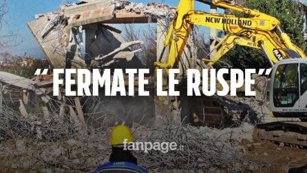 """Campania, il Covid non ferma le ruspe: """"Ci chiedono di stare a casa e poi la demoliscono"""""""