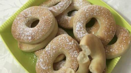 Ciambelline soffici al forno: una merenda gustosa e genuina