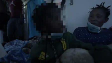 Migranti, Bangaly si salva ma chiede: dove è mia mamma?