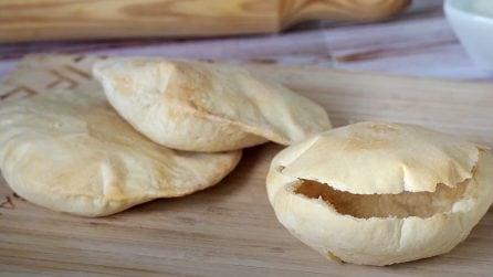 Pita fatta in casa: la ricetta del delizioso pane greco