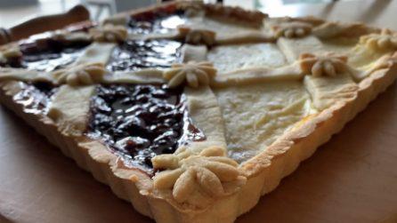 Crostata bicolore senza burro: la ricetta del dessert fragrante e goloso