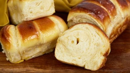 Fluffy condensed milk bread: an incredible recipe to try!