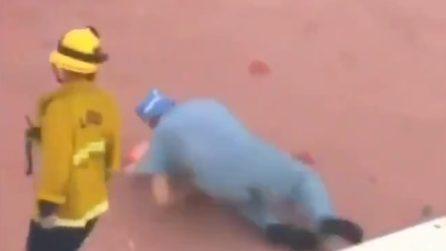 Elicottero precipita sul tetto dell'ospedale: recuperano il cuore per l'operazione ma il medico cade