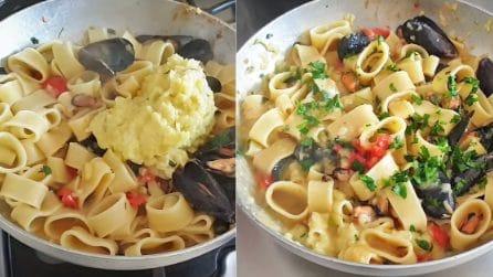 Calamarata con patate e cozze: la ricetta del primo piatto straordinario