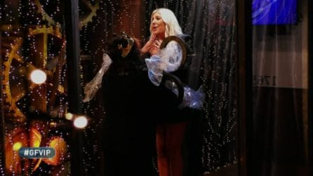 """Patrizia De Blanck si commuove di fronte alla figlia Giada, poi chiede: """"È arrivato il bonifico?"""""""