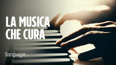 """Pianoforte suona dal vivo durante l'operazione al cervello su un bimbo di 10 anni: """"Un clima magico"""""""