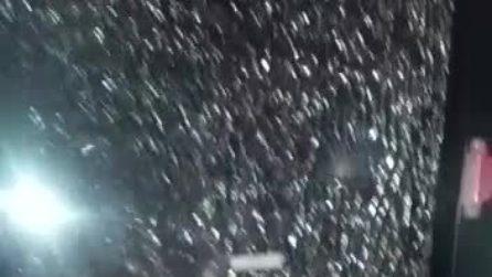 Scampia, vandalizzato bus C67 da teppisti: distrutto il vetro posteriore