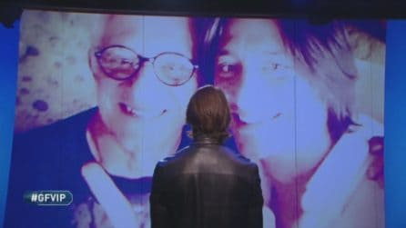 Il videomessaggio di Franco Oppini al figlio Francesco che si commuove