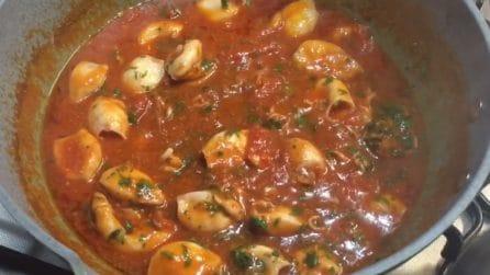 Calamari in umido: la ricetta del secondo piatto squisito