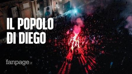 Il popolo di Diego Armando Maradona illumina piazza del Plebiscito a Napoli per una notte