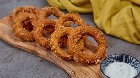 Onion rings: they will be crispy and irresistible!