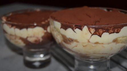 Tiramisù con pandoro: il dessert goloso perfetto per Natale