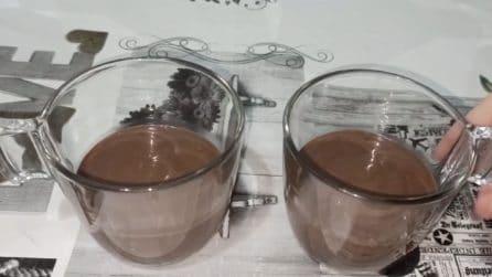 Budino al cioccolato con 2 ingredienti: lo spuntino veloce e goloso