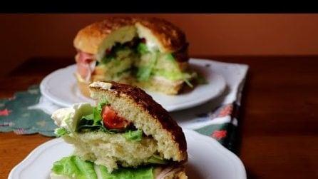 Panettone gastronomico fatto in casa: l'idea gustosa per i tuoi aperitivi