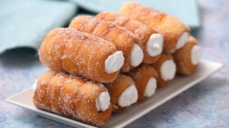 Homemade brioche cannoli: a sweet treat that the whole family will love!