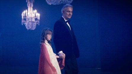Andrea Bocelli canta Halleluja con la figlia Virginia