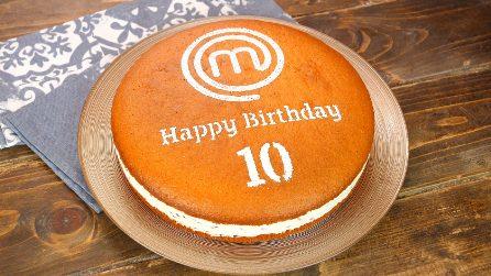 Torta 12 cucchiai con crema di ricotta e gocce di cioccolato: il dolce per festeggiare MasterChef!