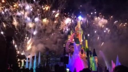 La magia dei fuochi d'artificio a Disneyland Paris: uno spettacolo unico