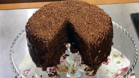 Torta al cioccolato veloce e golosissima: ecco la semplice ricetta