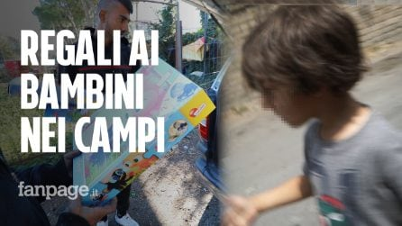 """Bimbi rom dormono in tenda al gelo, volontari gli regalano giocattoli: """"Qui viviamo come cani"""""""