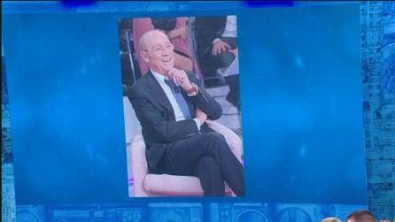 """Amici: l'addio a Sandro Mayer, Maria De Filippi: """"Una persona perbene"""""""