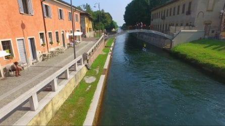 Milano circumnavigata sui Navigli: lo spettacolare video dell'impresa di Simone Lunghi