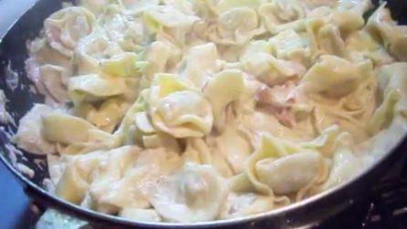 Tortellini panna e prosciutto: la ricetta per un ottimo primo piatto