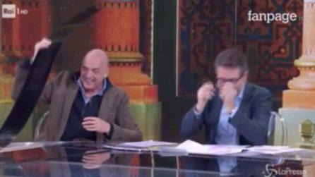 """Paolo Brosio distrugge la scenografia di """"Che tempo che fa"""""""