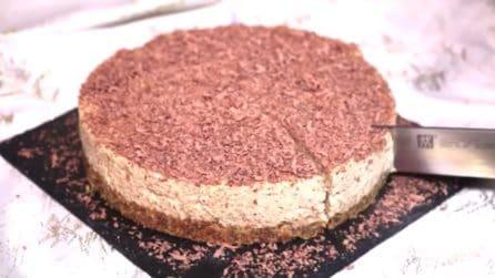 Cheesecake di Natale con base al pandoro: il dessert goloso e senza cottura