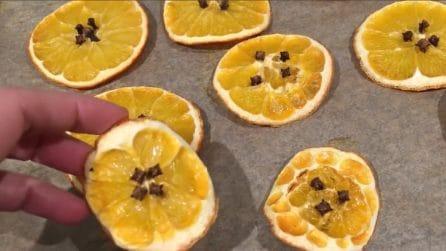 Come essiccare le arance e realizzare fantastiche decorazioni