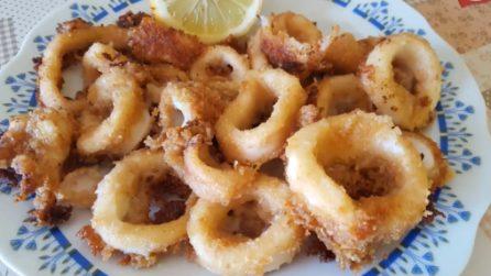 Anelli di calamari gratinati: il piatto di pesce che non delude mai
