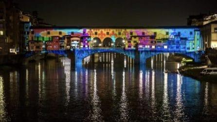 Firenze, l'illuminazione natalizia di Ponte Vecchio