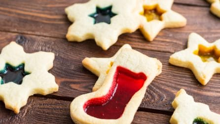 Stained glass cookies: the best Christmas idea!