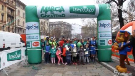 Milano, la marcia del giocattolo