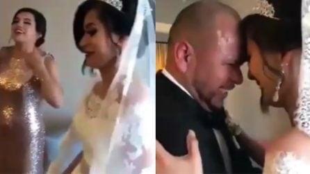 Il padre vede sua figlia vestita da sposa: la reazione emozionante