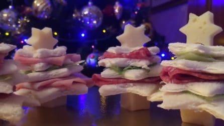 Alberelli rustici e colorati: l'idea originale per un antipasto natalizio