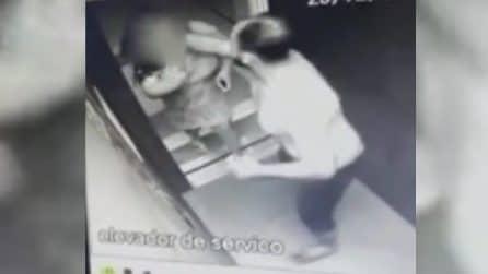 Trascina la moglie in ascensore: quello che accade è raccapricciante
