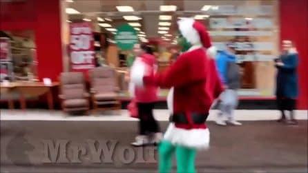 """Il Grinch esiste davvero: ecco come """"rovina il Natale"""""""