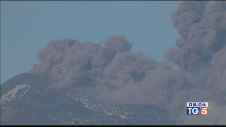Eruzione dell'Etna: tra spettacolo naturale e scosse di terremoto