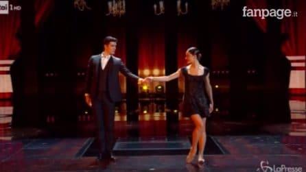 Il tango sensuale di Roberto Bolle e Nicoletta Manni
