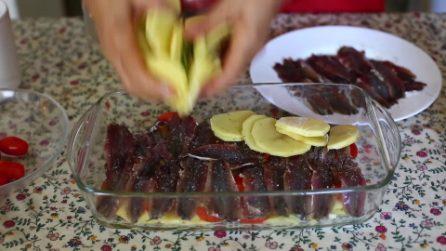 Tortino di patate e alici: un secondo piatto genuino, leggero e gustoso
