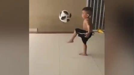 Il bambino più forte al mondo: impressionante