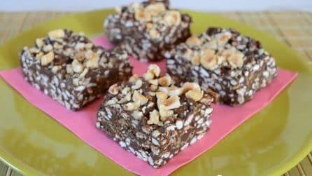 Barrette croccanti al cioccolato: lo snack goloso senza cottura