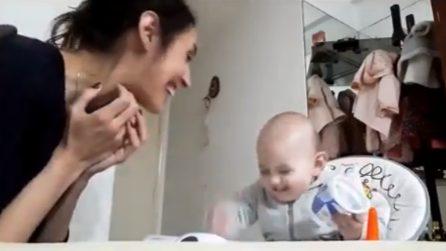 Il bimbo si atteggia da adulto: la sua discussione con mamma è irresistibile