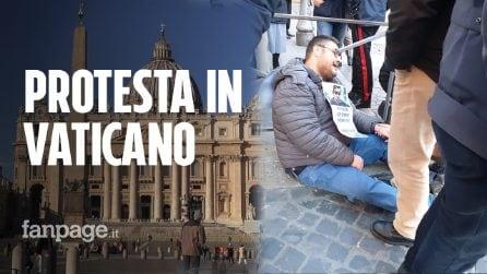 Vittima di abusi da un prete protesta in Vaticano: denunciato per 'procurato allarme'
