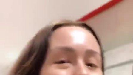 Aurora Ramazzotti spiega perché non può scattarsi selfie
