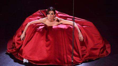 Sanremo 2019, Virginia Raffaele omaggia la musica lirica: la strepitosa esibizione