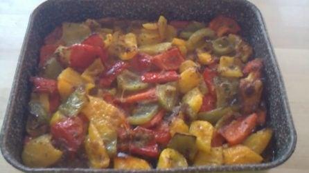 Peperoni gratinati al forno: il contorno saporito pronto in pochi minuti
