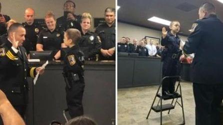 Bimba di 6 anni malata di tumore realizza il suo sogno e giura da poliziotta